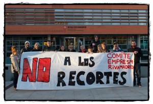 Trabajadores de Rivamadrid, en una protesta ante el Ayuntamiento, en 2011