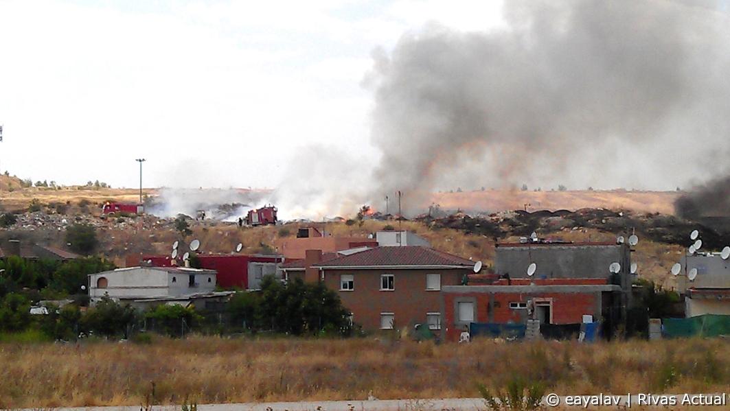Un aspecto del incendio (Foto: Enrique Ayala)