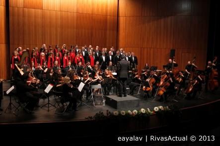 La Orquesta Athanor y el Coro Rivas, durante una actuación anterior (Foto: Enrique Ayala)