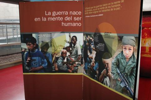 Un fragmento de los paneles de la muestra, durante su exposición reciente en el Ayuntamiento de Rivas (Foto Rivas Actual)