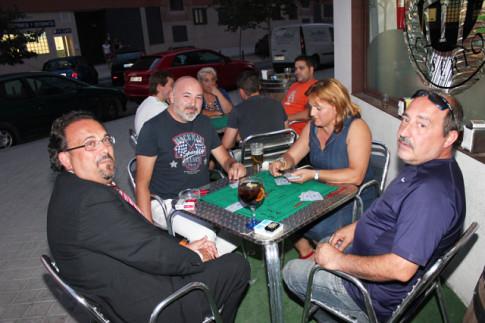 Una de las mesas del concurso de mus (Foto: Rivas Actual)