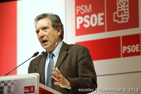 Iñaki Gabilondo, durante su discurso tras recibir el premio (Fotos Enrique Ayala)