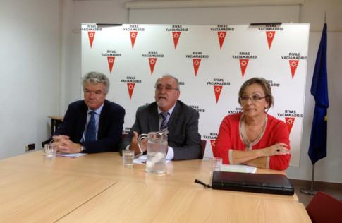 Javier Cuesta (izda), José <masa y Ana Reboiro, durante la presentación del concurso (Foto: Rivas Actual)