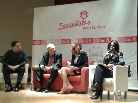 Las y los participantes, durante el acto (Foto cortesía PSOE Rivas)