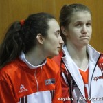 Marta Hermida y Nuria Román tuvieron minutos en el encuentro (Foto: Enrique Ayala)