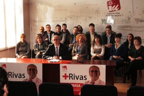 La candidatura de IU Rivas a las últimas municipales, en el momento de su presentación. Castro es el segundo por la izquierda, en la segunda fila (Foto: Rivas Actual)