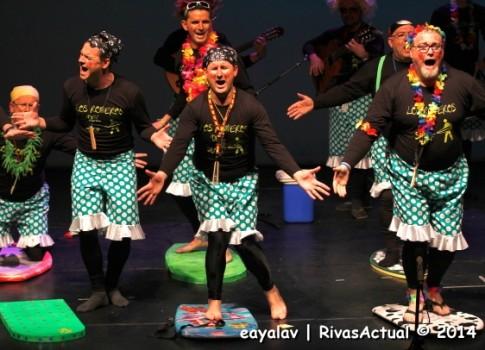 Yérbola, ganadores del premio a la Mejor Chirigota, durante su actuación (Foto Enrique Ayala)