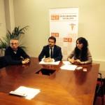 De izquierda a derecha, Adolfo García, Guillermo Magadán y Mónica Carazo, durante la comparecencia del PSOE) (Foto Rivas Actual)