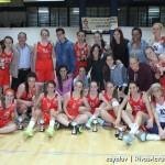 Todas las componmentes del primer equipo de Rivas Ecópolis acompañaron a las junior durante todo el partido (Foto: Enrique Ayala)