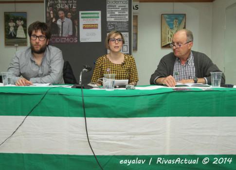 De izquierda a derecha, Miguel Urbán, Cristina Valero y Javir Navascués, durante la charla de ayer (Foto: Enrique Ayala)