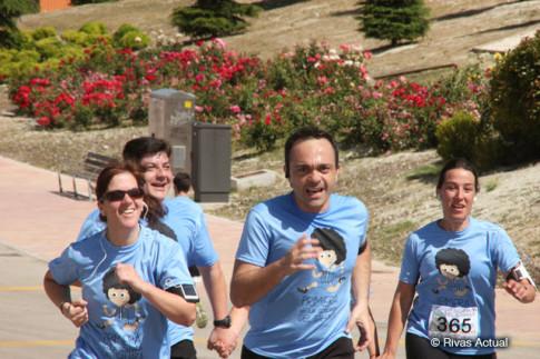 Varios corredores llegando a la meta (Foto Rivas Actual)