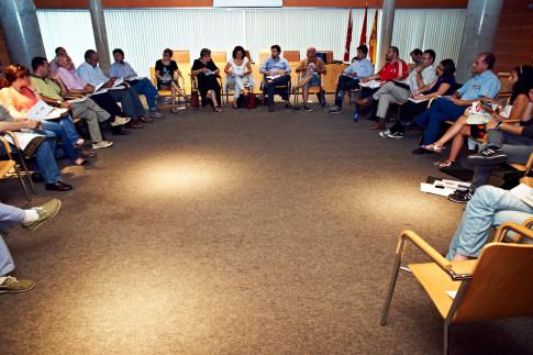 Un momento de la reunión (Foto cortesía de Ayto. Rivas)
