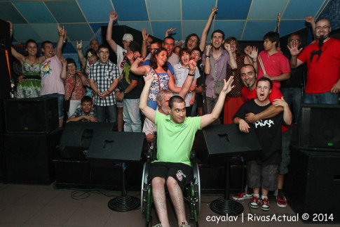 Participantes en el acto (Foto: Enrique Ayala)