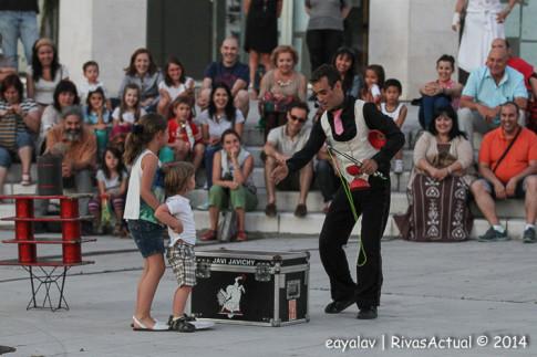 Javi Javicy durante su actuación (Foto: Enrique Ayala)