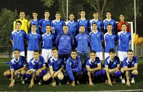Equipo Juvenil que ha ascendido de categoría (Foto cortesía del club)