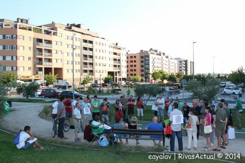 Un momento de la asamblea, tras la cual se realizó la manifestación (Foto: Enrique Ayala)