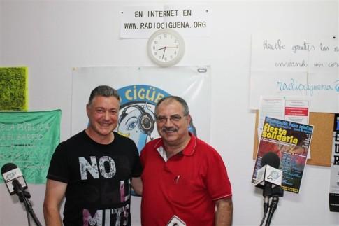 Julián merino, presidente de La Meca de Rivas, junto a José María Playán, de Radio Cigüeña (foto cortesía de Radio Cigüeña)