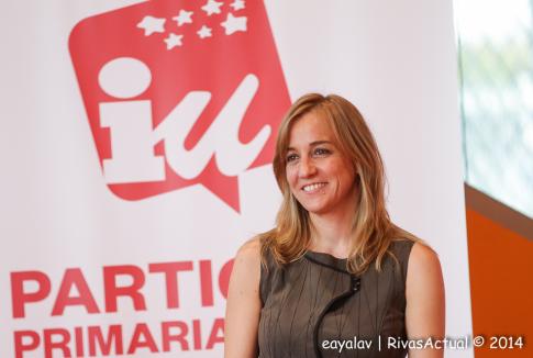 Tania Sánchez durante un momento del acto de presentación de su precandidatura  por IU-CM a la Comunidad de Madrid, en Rivas (Foto: Enrique Ayala)