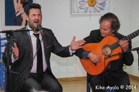 Rubito Hijocantaor y Juan Antonio Muñoz durante su actuación (Foto: Enrique Ayala)