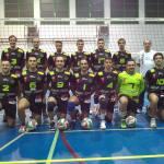 El equipo del Energy Rivas Ciudad del Deporte posa antes del partido (Foto cortesía de AD Voleibol Rivas)