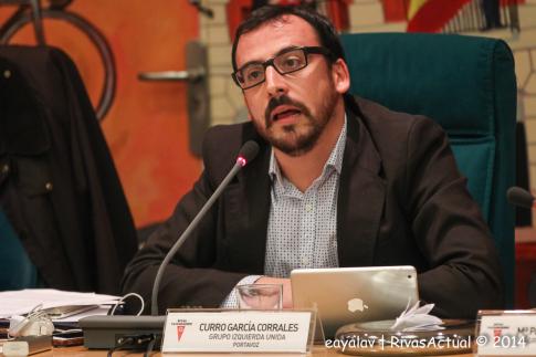 Curro García Corrales, durante la presentación de la moción (Foto: Enrique Ayala)