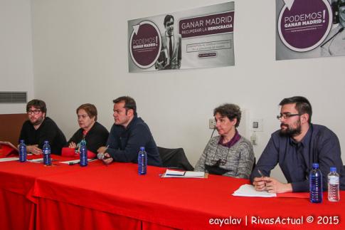 Un aspecto de la mesa durante el acto (Foto: Enrique Ayala)