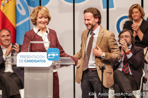 Jesús González Espartero con Esperanza Aguirre durante el acto realizado en Rivas el pasado mes de marzo para presentar todas las candidaturas regionales del PP  (Foto: Kike Ayala)