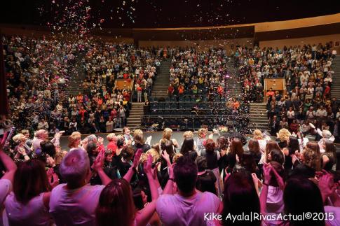 La Escuela Municipal de Música (EMM) ha vuelto a llenar el palco en su quinto concierto benéfico contra el cáncer, celebrado en el auditorio Pilar Bardem, este sábado 18 de abril. Foto: Kike Ayala.