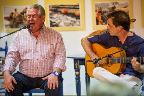 """Paco Torres y José Manuel Chamero en uno de los """"Aperitivos flamencos"""""""