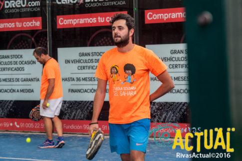 Torneo de pádel en beneficio de los refugiados (Foto: Rivas Sahel)