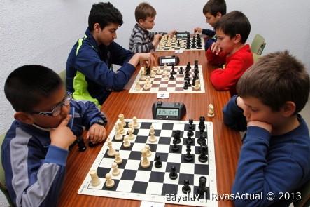 Competición de ajedrez de los Juegos Escolares de Rivas en 2013 (Foto: Kike Ayala)